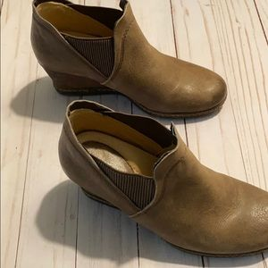 Earth Ankle Boot